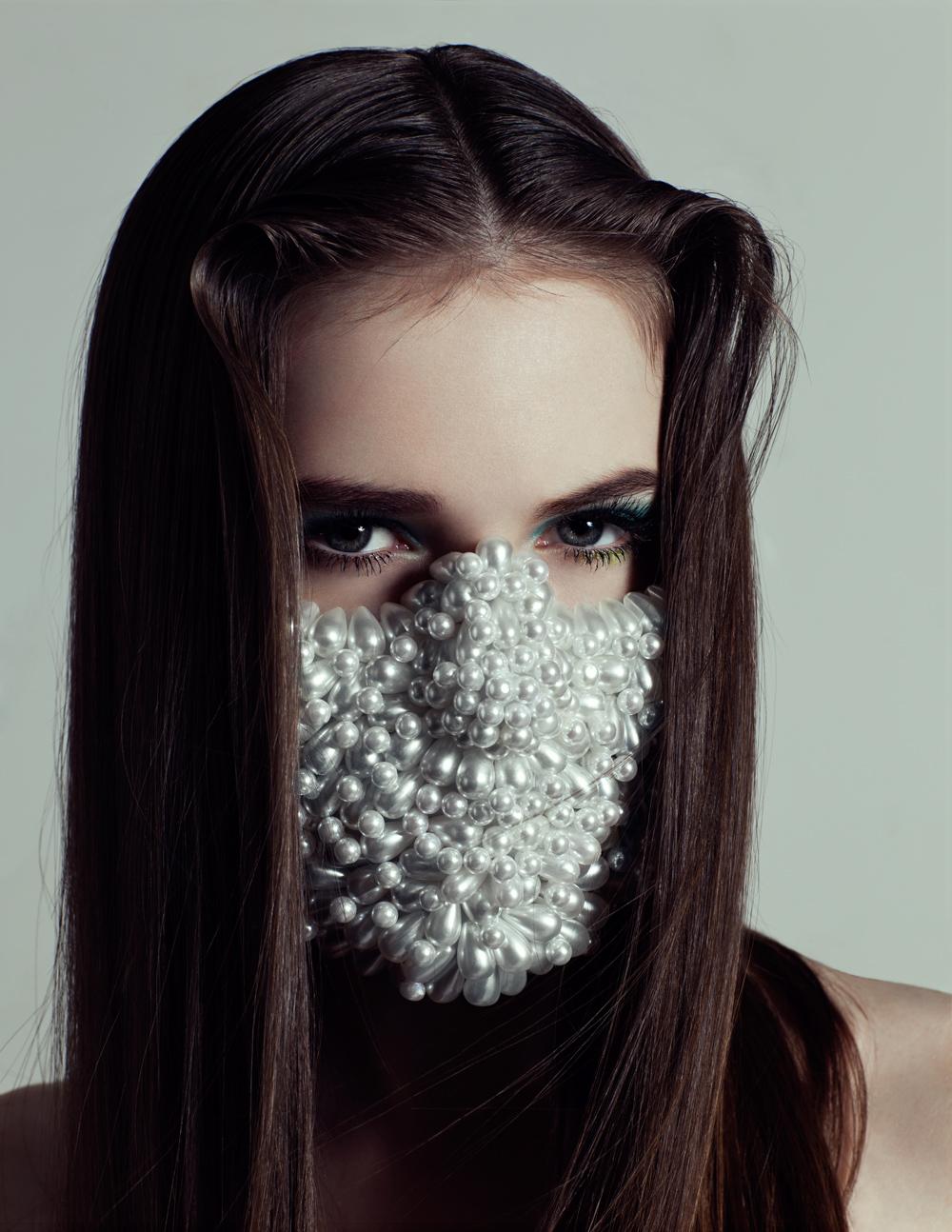 HELLOANNE_LADYGUNN01